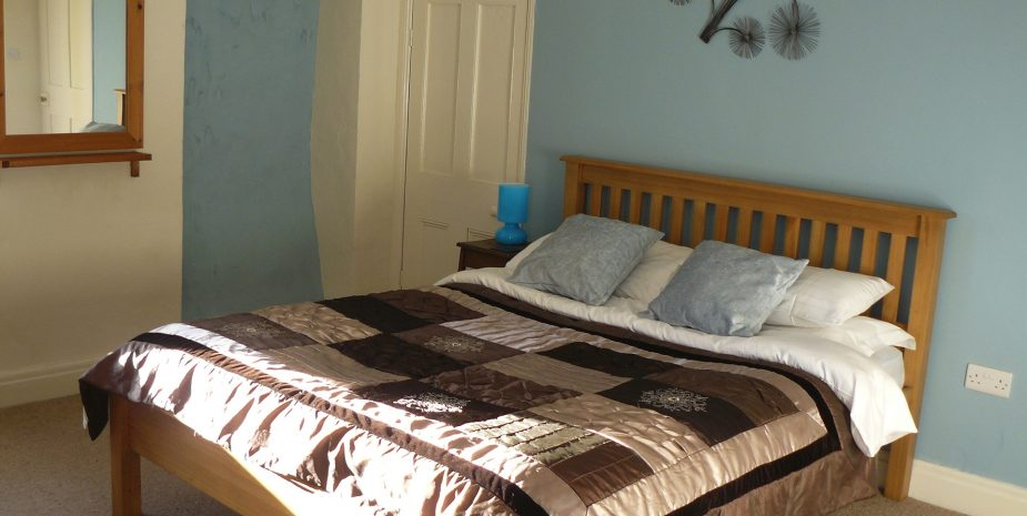 Upstairs kingsize bedroom