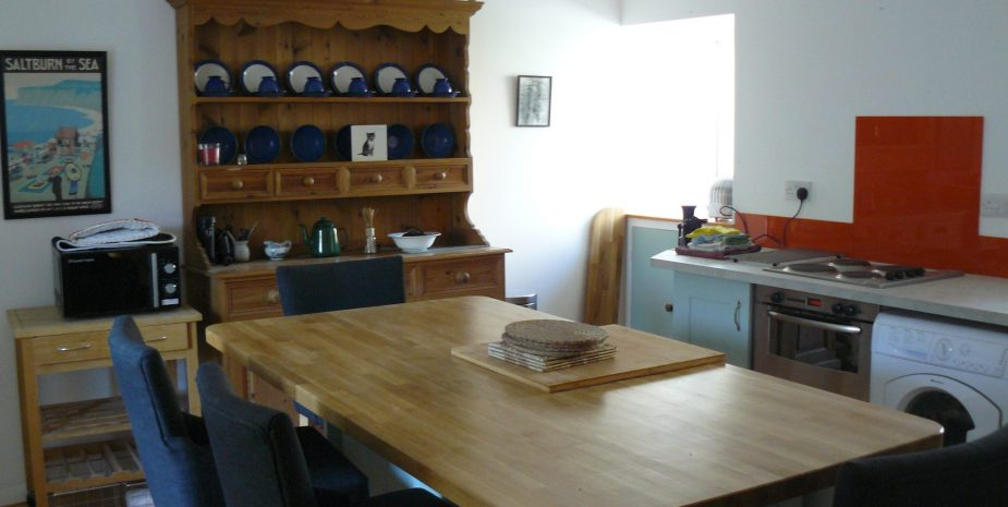 Dining kitchen